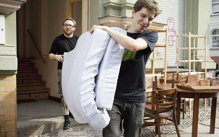 Protect-Mattress-when-Moving